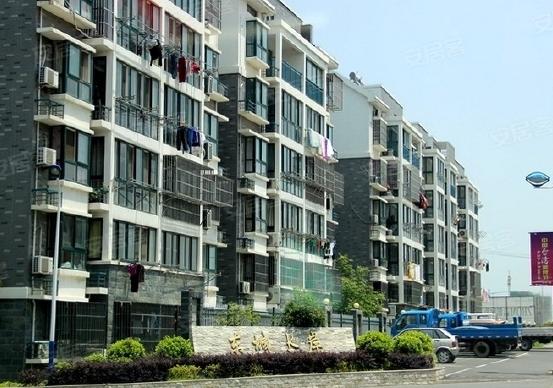 仪征东城水岸外墙防水维修